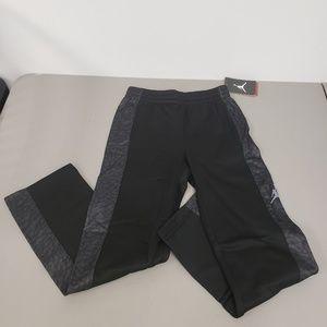 Boy's Jordan Pants Size S